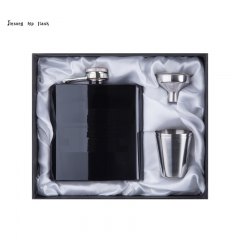 6OZ shiny black hip flask with 2 shot glass set white silk lined gift box